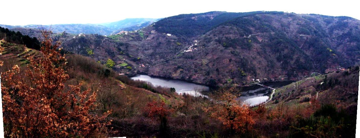 12. Nogueira , Soto , A Veiga e a ponte de Portotide dende o castro de Mourelos